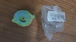 W115 W116 W213 W126 1235010215 Radyatör kapağı
